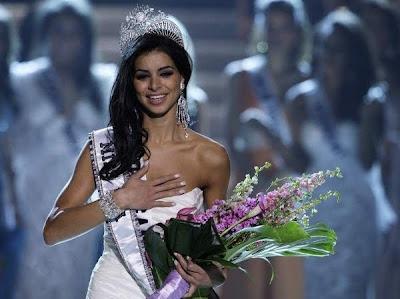 rim1 >Rima Fakih élue Miss USA 2010