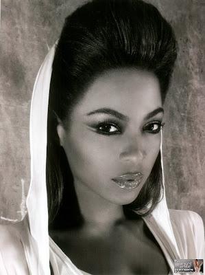 "08 Beyonce ""I Am… Tour Book"""