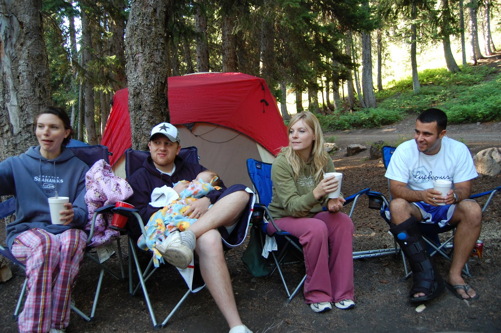 How to Look Good on a Camping Trip (Girls)