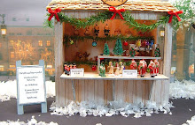 "1/2"" Scale German Christmas Market Stall"
