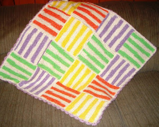 Crochet Pattern – Happy Stripes Baby Blanket from the Baby blankets