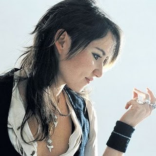 KT Tunstall - Still A Weirdo