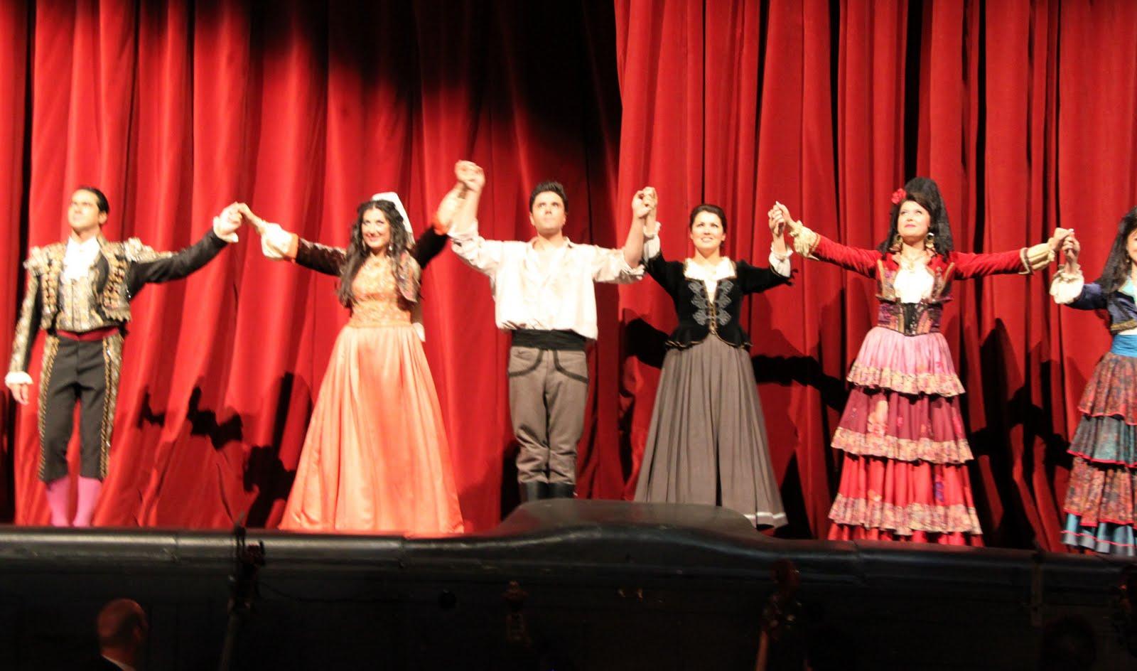http://4.bp.blogspot.com/_YT-M7x2aW9Y/S-eh6zuHrTI/AAAAAAAAC8Q/6K3jBjvxvGU/s1600/Wien+Carmen+060.JPG