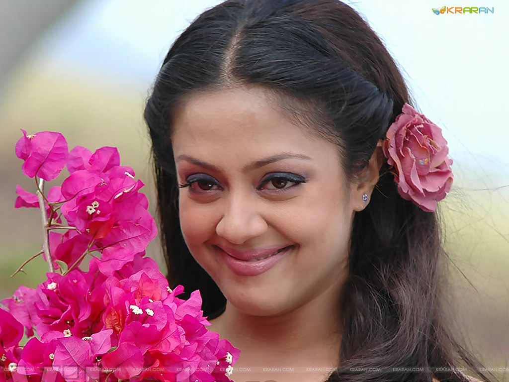 Video Description Tamil Actress Surya Jyothika Marriage Album