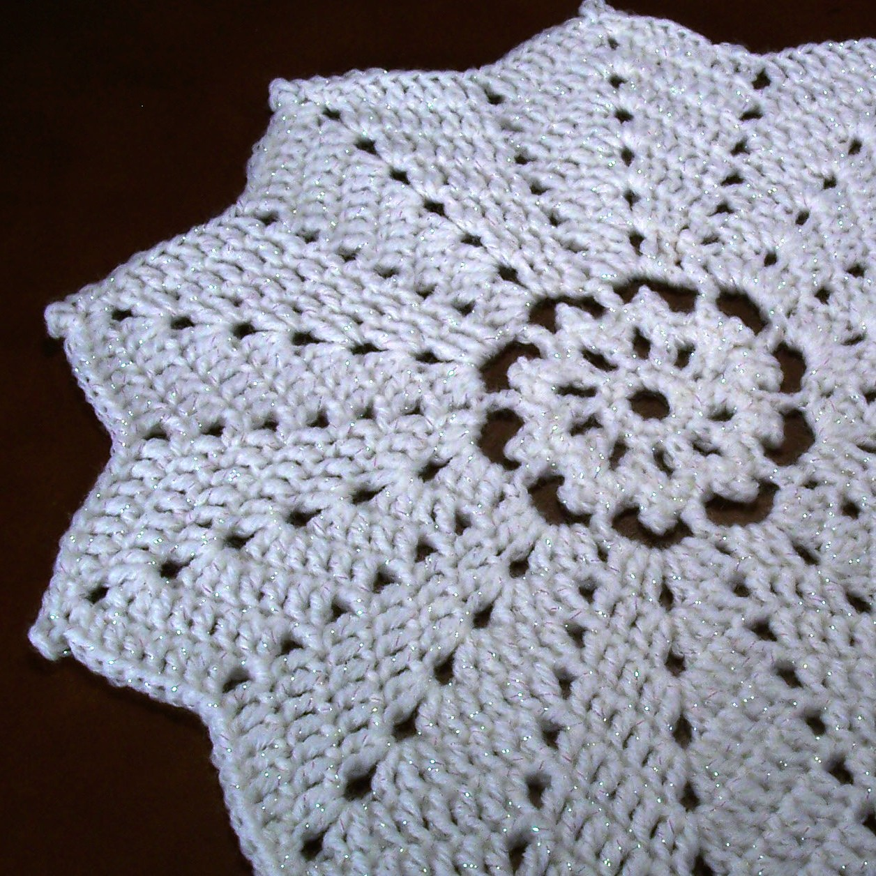 Crocheting Placemats : Crochet Pretty Petaled Placemat and Napkin Ring pdf Crochet Pattern