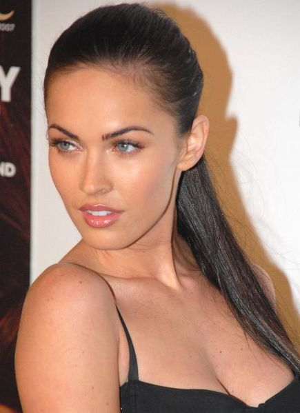 megan fox thumbs pictures. megan fox thumb fingers. megan