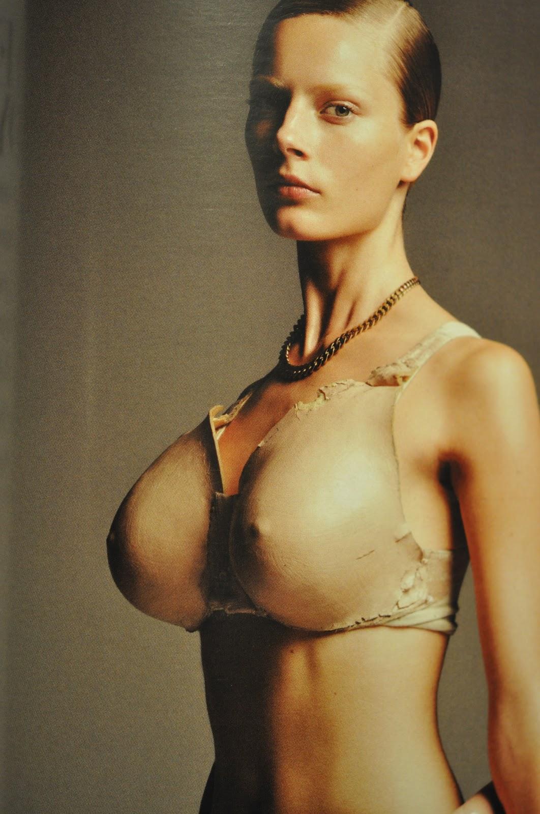 artemis i berlin bilder på stora bröst