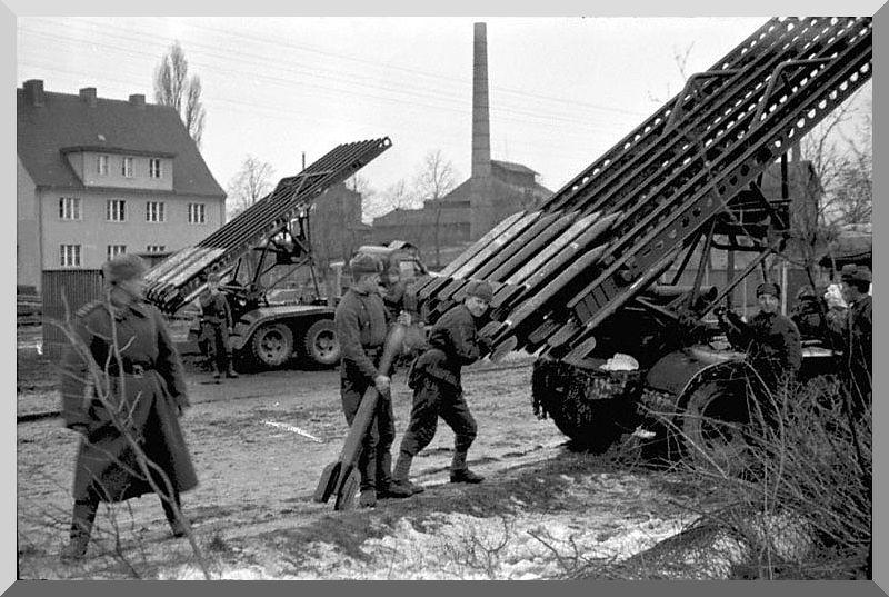 معركة سقوط برلين 1945  Battle-berlin-april-1945-ww2-second-world-war-013