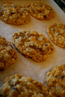 Ms Fields Chocolate Chip Oatmeal Cookies