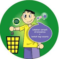 Cowok Taruh Sampah