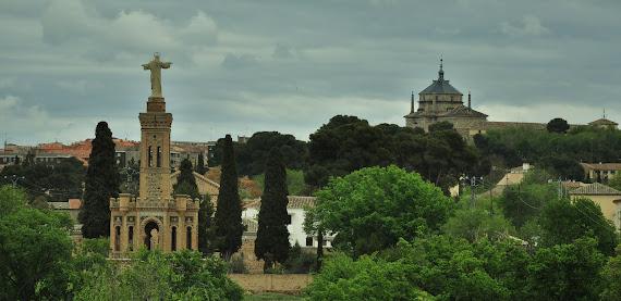 MONUMENTO DEL SAGRADO CORAZON DE JESUS