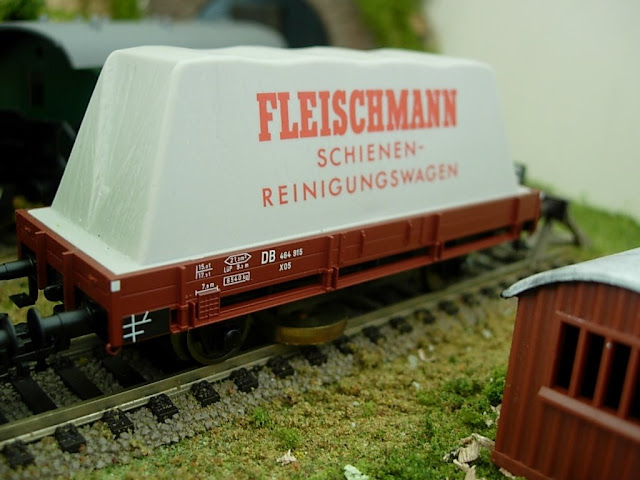 Model Railroad Track Cleaning