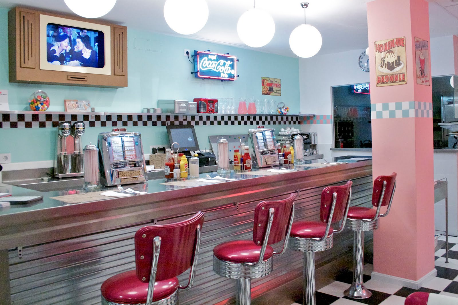 Peggy Sue's American Dinner-86-crimenesdelamoda