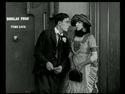 Buster Keaton and Virginia Fox in The Haunted House