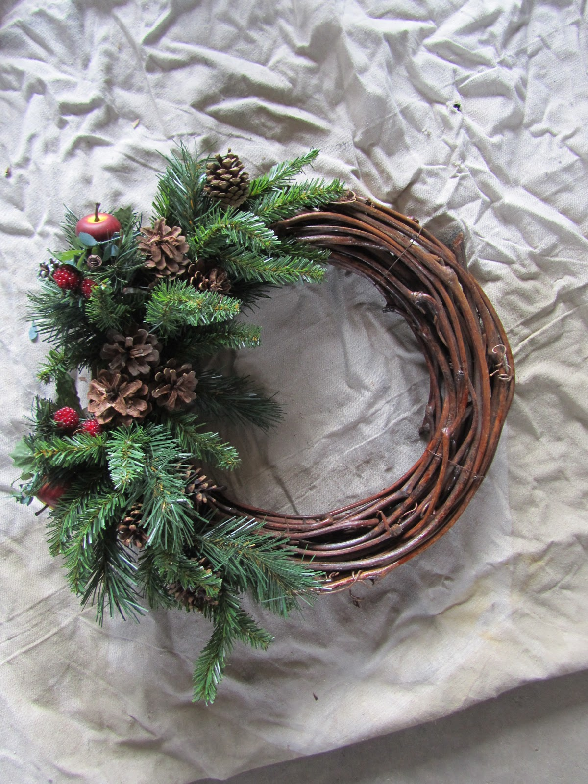 The Hand Me Down House Winter Wreath