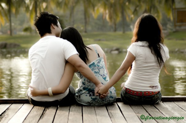 http://4.bp.blogspot.com/_YgUtmFlaVhY/TSsNyCaO_-I/AAAAAAAAAUI/KpqUveI5ZbE/s1600/curang.jpg