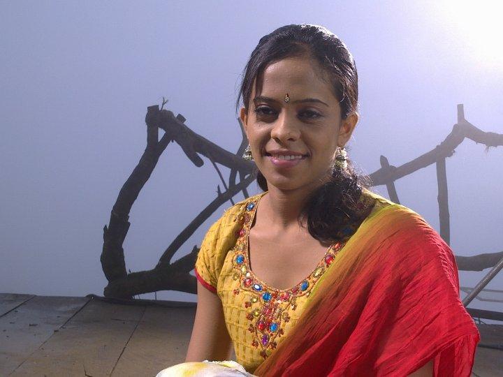 http://4.bp.blogspot.com/_YgVIy1rP_Kw/TBIUlUbqUmI/AAAAAAAABl4/NGz5kRRLC2E/s1600/Menaka+Maduwanthi-Sri+Lanka.jpg