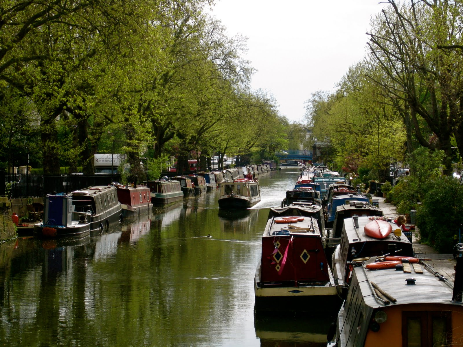 room for dessert food party style london canal walk little venice to camdon. Black Bedroom Furniture Sets. Home Design Ideas