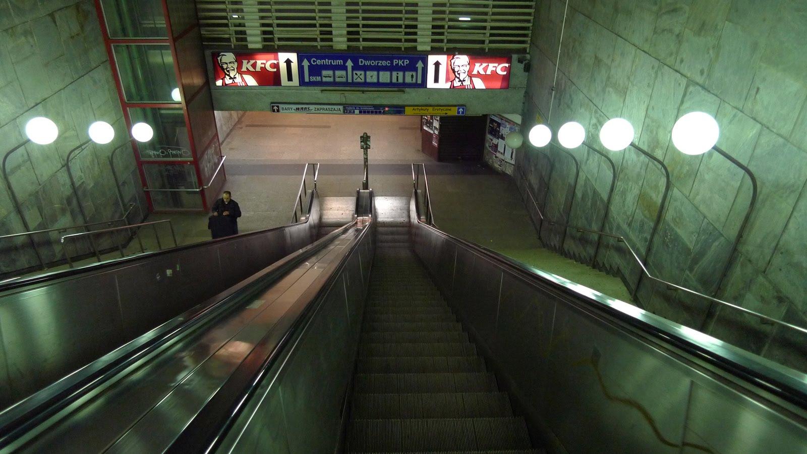 schody ruchome dworzec w gdańsku