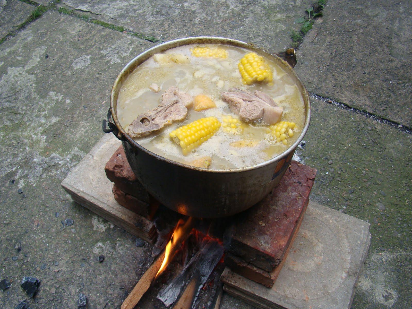 "... Criollo"": Colombian traditions I (Sancocho) | Palenque Tours Colombia"