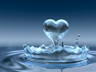 Heart from splash water
