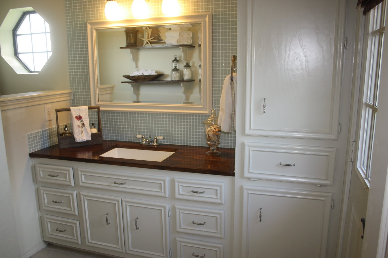the johnsons guest bathroom