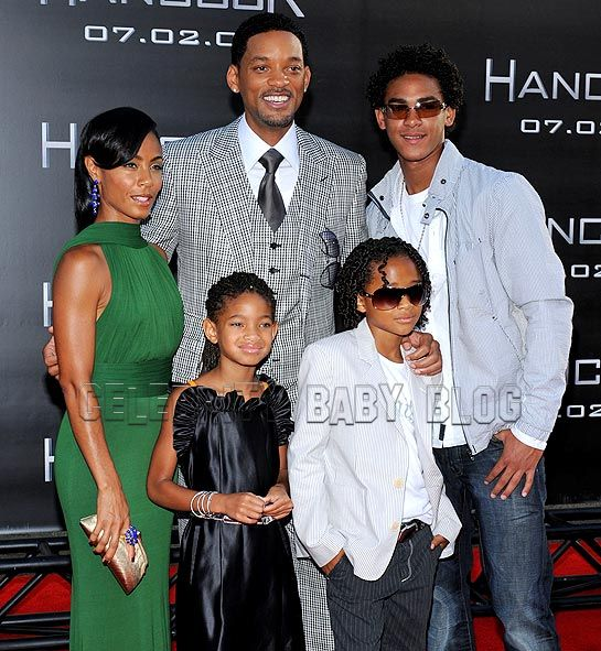 pictures of will smith and family. will smith family photo. will