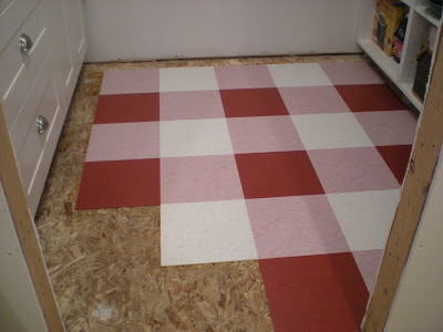 mimi sue 39 s cottage a new pantry floor ForStick Down Linoleum Tiles