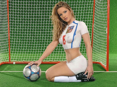 Body Paint Soccer Wallpaper - White jersey
