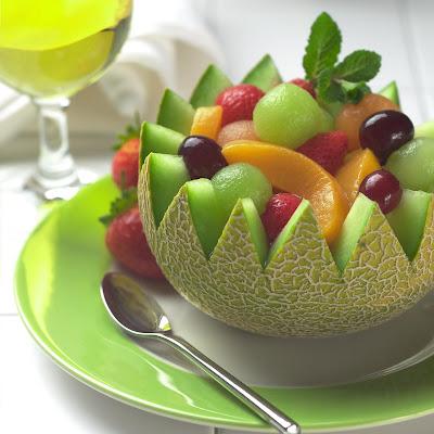 http://4.bp.blogspot.com/_YoRtzgT9NKA/SPoE0_sILUI/AAAAAAAAABw/-XO09rbsm0Q/s400/fruit+salad.jpg