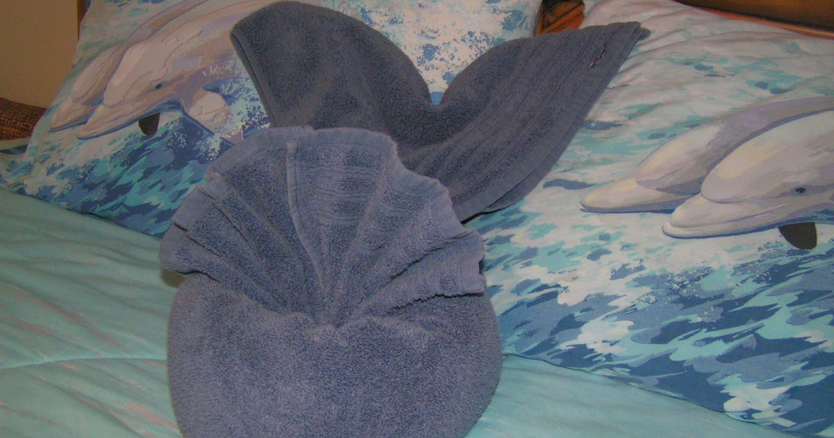 Corpany Creative Clearinghouse Towel Origami Whale