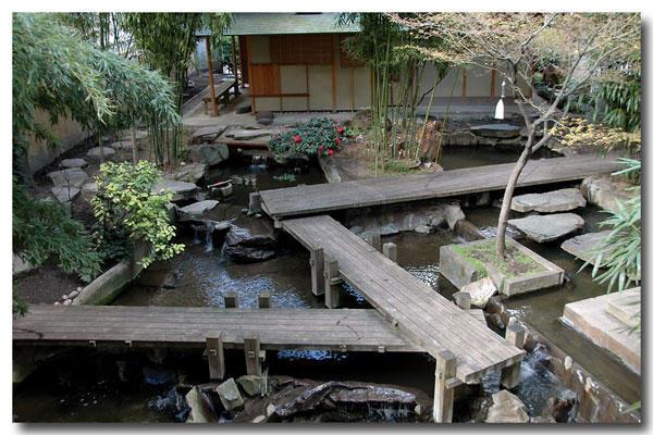 Images de Bienêtre - Page 2 Jardin+zen+panth%25C3%25A9on+bouddhique