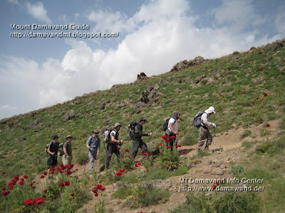 hiking tour iran