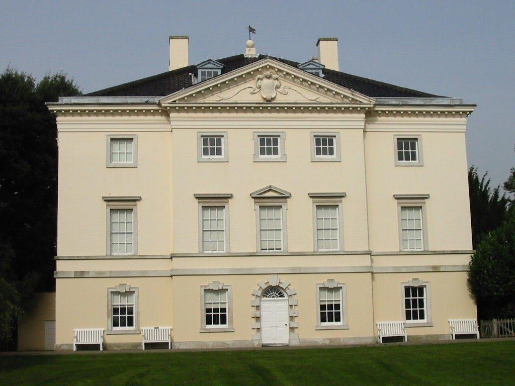 http://4.bp.blogspot.com/_YpXVHzSd9b8/TGqyjbZqPdI/AAAAAAAAAA8/Som6gJ-dliY/s1600/Marble+Hill+House.jpg