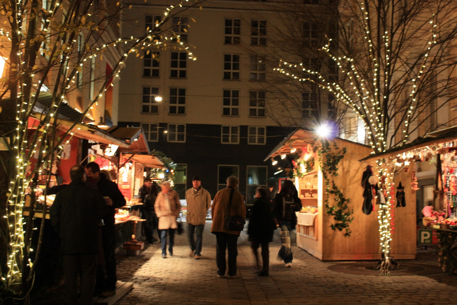 a new girl in vienna weihnachtsmarkt am spittelberg. Black Bedroom Furniture Sets. Home Design Ideas
