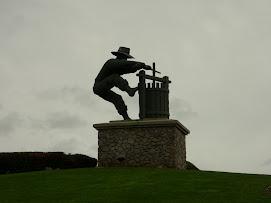 Napa Statue