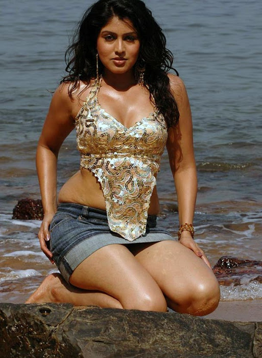 sheryl brindo spicy at beach cute stills