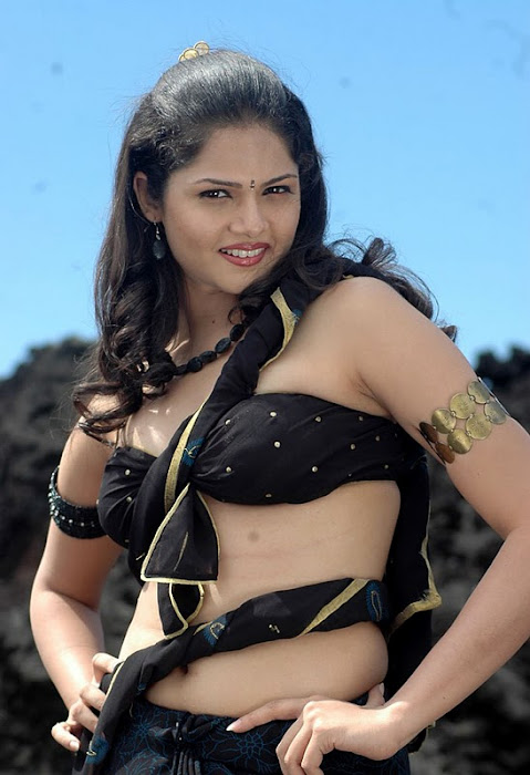 anuya baghwat hot images