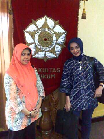 Indri dari Dehub & Marissa Haque Fawzi