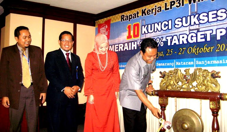 Pak Kunto, LP3I Surabaya, 2010, Marisa Haque, Pak Verus, Gus Ipul (Saifulah Yusus) Wagub Jatim