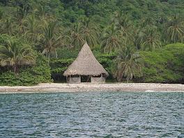 Cabane de plage aux 5 baies
