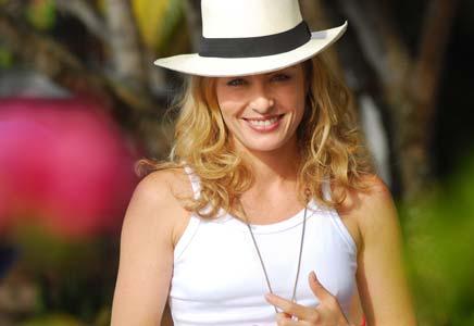 Celebridades desfilam na rua Oscar Freire com seus chapéus Panamá...Adoroooooo!!!!
