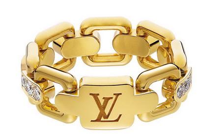 Bracelete da Louis Vuitton em ouro e brilhantes é um sonho de consumo das mulheres finas e elegante