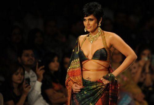 Mandira Bedi Walks The Ramp at Kolkata Fashion Show