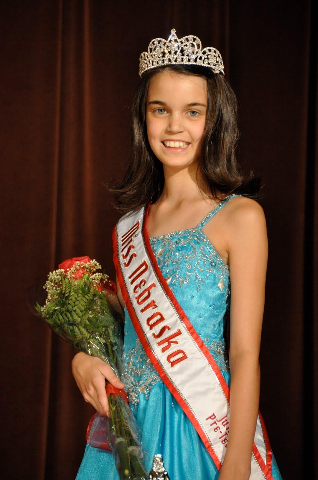 images of Sarah Stehlik Alyssa Taylor Breanne Maples National American