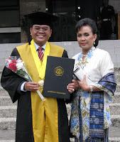 Wisuda Gelar Doktor di Universitas Padjadjajaran Badung