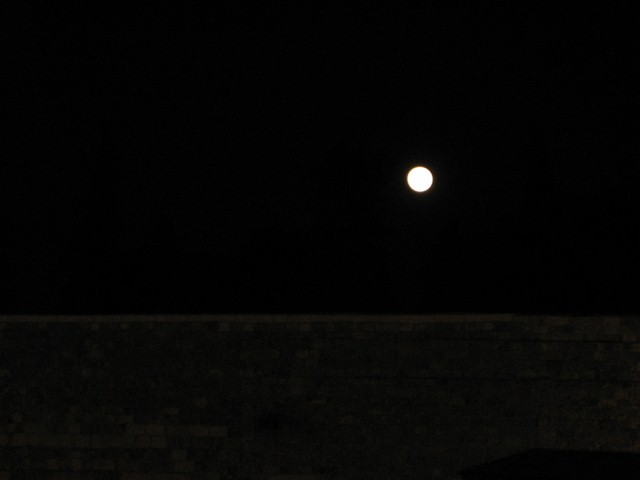 Full Moon (dec 23,2007) Over West Wall Jerusalem