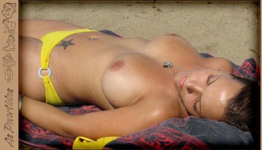 Fotos Amadoras de Peitinhos na Praia