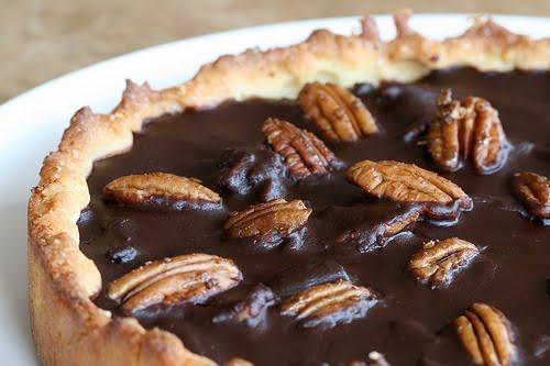 NAMI-NAMI: a food blog: Chocolate Pecan Pie