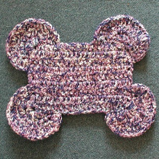 crochet pet placemat by Handmade by Sandi